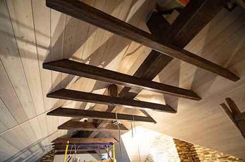 Имитационные балки - Уют Строй - срубы домов и бань